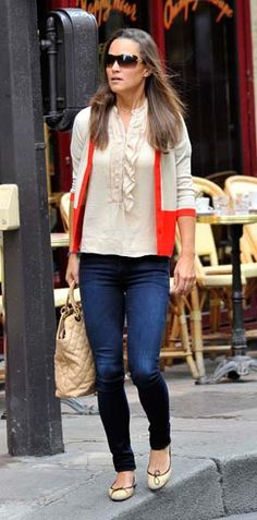 Pippa Middleton wearing another Kate Spade New York colour block cardigan