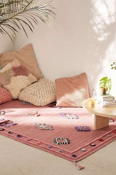 22 meditation rooms that inspire you to create your oasis of calm in your house - best decoration ideas - 22 meditation rooms that inspire you to create your oasis of calm in your house – best decoration - Meditation Corner, Meditation Rooms, Zen Meditation, Sala Zen, Pillow Corner, Pillow Set, Living Room Decor, Bedroom Decor, Girls Bedroom