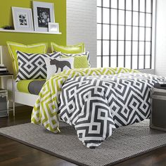 The Blake duvet cover set from Studio 3B brings a stylish contemporary flavor to your bedroom. This soft and luxurious bedding features a modern large-scale geometric motif in charcoal and white that reverses to the same pattern in citron and white.