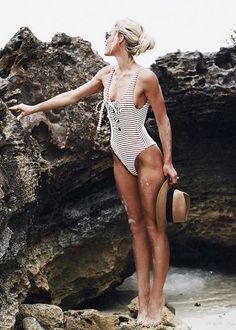 One piece | Maillot de bain une pièce #Swimsuit #Suit #OnePiece #Summer #SummerStyle #Beach #SwimmingPool #Holidays
