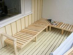 Pallets Outdoor Furniture Outdoor Sofa Made From Pallet Wood - How to design an outdoor sofa and get the ergonomics right for maximum comfort. I made this one out of pallet wood and regular carpentry skills, but you could e… Outdoor Sofa, Outdoor Furniture Plans, Deck Furniture, Pallet Furniture, Painted Furniture, Outdoor Pallet, Rustic Furniture, Furniture Stores, Cheap Furniture