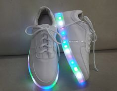 would you wear this shoes?<< I would. Omg. They would probably look so bad but they're pretty diddly darn cool ok.