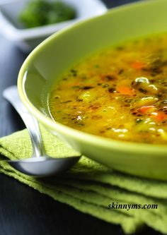 Flush Fat Soup!  This veggie soup is full of superfoods that are packed with antioxidants and aid with flushing toxins and subsequently, fat from the body. #flushfat #soup #recipe