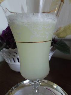 Suco de limão - lemon juice - Segredosdatiaemilia.com.br