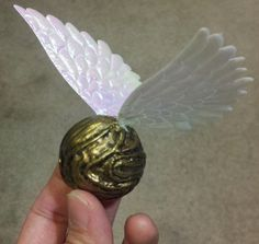 Finding My Way blog: my golden snitch tutorial