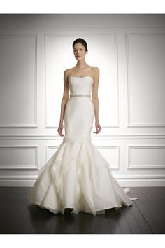 Carolina Herera - Bridal Fall 2013    TAGS:Fishtail, Floor-length, Strapless, Tiered, Cream, Carolina Herrera, Tulle