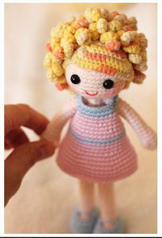 Crochet, doll / ideas - can't find any info on this  :[