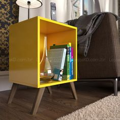 Criado-mudo/Mesa de Canto/Lateral RT 3013 com Pés Palito Amarelo - Móvel Bento