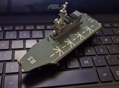 Simple Izumo-Class Helicopter Destroyer Ship Paper Model