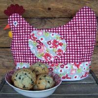 Chicken Cozy Pattern - via @Craftsy