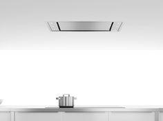 Une hotte design encastrée au plafond