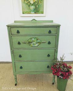 D.D.'s Cottage and Design: A Vintage Green Dresser and a Napkin