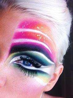Night Art Goth Makeup, Lip Makeup, Beauty Makeup, Fantasy Make Up, Makeup Needs, Crazy Makeup, Makeup Designs, Eye Art, Colorful Makeup