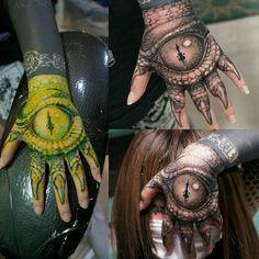 black and grey tattoo, zwart grijs tattoos, black and grey tattoo arm Tattoos For Women Small, Small Tattoos, Tattoos For Guys, Sick Tattoo, Arm Tattoo, Elbow Tattoos, Sleeve Tattoos, All Seeing Eye Tattoo, Persian Tattoo