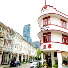 Singapore: A Foodie Tour of Chinatown