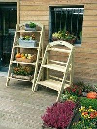 tuindecoratie plantenrek tuinkast tuinberging zitbank Woodex