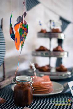 Sweet table autour de la mer - http://www.compose-ton-anniversaire.fr/organiser-un-anniversaire-mer/
