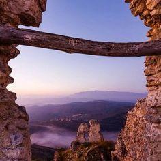 Castle at Rocca Calascio, Abruzzo , Italy