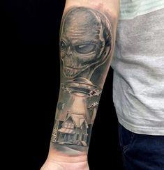 70 Alien Tattoo Designs For Men - Extraterrestrial Ink Ideas Forearm Tattoo Men, Leg Tattoos, Black Tattoos, Tattoos For Guys, Sleeve Tattoos, Tatoos, Aliens, Alien Tattoo, Life Form