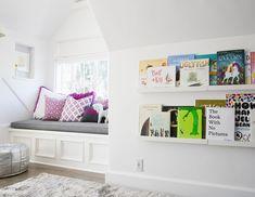 Bedroom Photos - Lonny     Love the 'bookshelf'