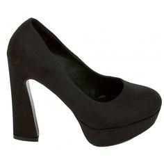 Black heels 24,99€