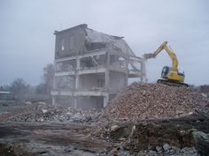 TIEFENBACH s.r.o. | Stavební prace, nákladní autodoprava, těžba štěrkopísku, odstraňování staveb