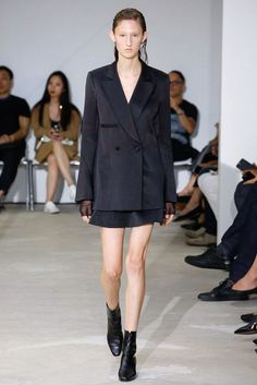 Olivier Theyskens Spring/Summer 2017 Ready-To-Wear Collection