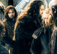 Kili and Thorin Fili Und Kili, Kili And Tauriel, Legolas, Thranduil, Hobbit Dwarves, O Hobbit, Bilbo Baggins, Thorin Oakenshield, Lotr