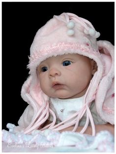 Doll Kit Sophie by Evelina Wosnjuk With Bodies for sale online Life Like Baby Dolls, Life Like Babies, Cute Baby Dolls, Reborn Doll Kits, Reborn Baby Dolls, Crochet Baby Bonnet, Silicone Baby Dolls, Realistic Baby Dolls, Lifelike Dolls