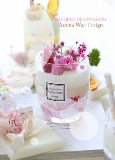 Great Screen Soy Candles display Strategies Thinking of the thought of transforming into a wax luminous intensity unit producer plus running wax Cute Candles, Gel Candles, Soy Wax Candles, Scented Candles, Wax Design, Velas Diy, Soy Candle Making, Candle Art, Candle Packaging