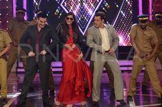 Sonam Kapoor on the sets of Bigg Boss 8 | PINKVILLA