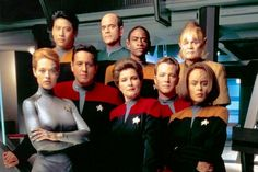 10 things you might not know about STAR TREK: VOYAGER | Warped Factor - Daily features and news from the world of geek