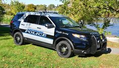 Westbrook (ME) Police 2014 Ford Police Interceptor Utility Ford Police, Police Cars, Police Vehicles, Emergency Vehicles, Radios, 4x4, Barney Fife, Car Cop, Police Lights