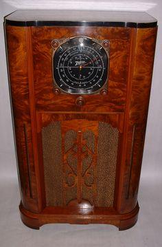 Radios, Art Deco Decor, Old Time Radio, Vintage Architecture, Antique Radio, Timber Wood, Refurbished Furniture, Tvs, Concept Cars