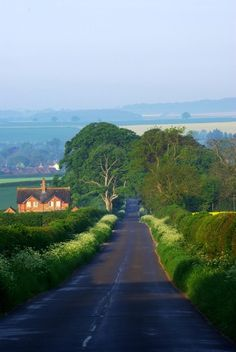 Dorset country lane on a May morning. LOVE the English countryside! Country Life, Country Roads, Le Village, Beaux Villages, Back Road, English Countryside, Take Me Home, British Isles, Architecture