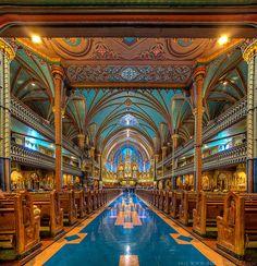 Notre-Dame Basilica of Montréal, Canada / Basilique Notre-Dame de Montréal, Canada.