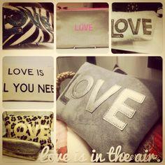 Love is in the air!  Tous nos dégradés de Love disponibles au Nilaï Store Paris, pochettes, coussins...   Rendez vous sur: Http://www.nilai.fr