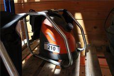 Karner & Dechow Industrie Auktionen - Dampf-Tapetenablöser Wagner, 2.000 W, Dampfzeit max. 120 min, Dampfkraft ca. 50 g pro minute, Fassungsvermögen ca. 5,8 l - Postendetails Golf Clubs, Tools, Sports, Auction, Wallpapers, Hs Sports, Instruments, Sport