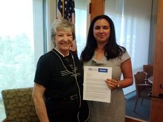 Judy Hess delivers Syria Educate Congress letter to Sen. Feinstein's office (CA)