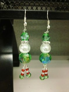 Christmas Earrings Elf I have to make these!!!