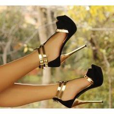 Siyah süet gold topuklu ayakkabi ürünü, özellikleri ve en uygun fiyatların11.com'da! Siyah süet gold topuklu ayakkabi, klasik topuk kategorisinde! 783