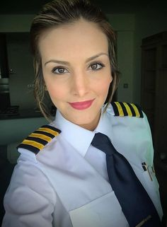 Women Pilot Dressed In Work Uniform Hot Flight Attendant Source by Girls Uniforms, Work Uniforms, Pilot Uniform, School Uniform, Female Pilot, Aviators Women, Women Ties, Good Looking Women, Flight Attendant