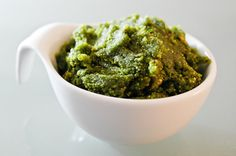 Radish Leaf Pesto- don't throw away the greens of radishes! Make a crunchy, spicy pesto. Add to pasta or grilled pita and you have a cheap meal! Top Recipes, Great Recipes, Cooking Recipes, Healthy Recipes, Vegetable Tart, Radish Greens, Green Pesto, Radish Recipes, Eating Vegetables
