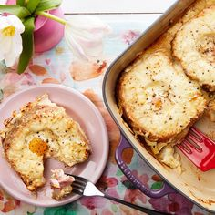 Croque Madame Casserole With Ham and Gruyère - my dad loves eggs in a basket - looks like a version of that!