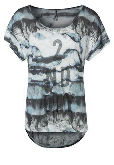 http://www.zalando.no/2nd-day-mineral-t-shirts-med-print-flerfarget-s3821d013-l00.html