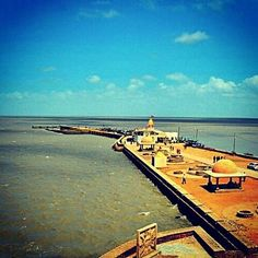 #koteshwar #mahadev Lord Shiva's Oldest Historic Hindu Temple. People from around the globe flocks this holy and decide place.  This Temple is located at #kutch #gujarat this temple is on wildest ocean  water is freezing green.  A must visit place in Kutch Gujarat.  Pic is posted by  @_saumyata  #koteshwarmahadevtemple #narayansarovar #travel #instatravel #instagood #landscape #scene #instagram_ahmedabad #traveling #nikon #instagram #instadaily #gujarat #instapic #instaphoto #_soi…