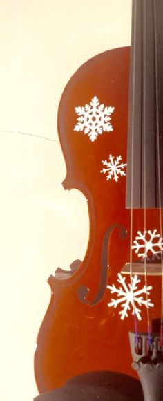 Snowflake Violin II http://www.rozannasviolins.com http://www.stringplayercentral.com