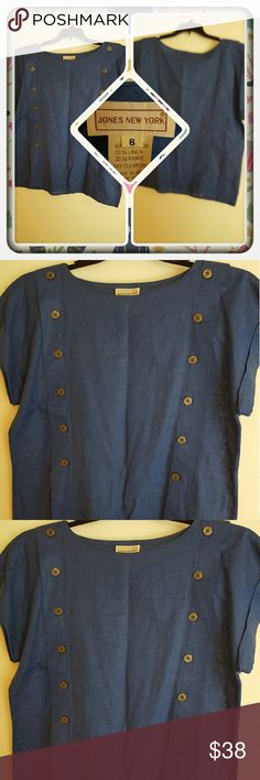 Woman's Blue Top Size 8P  Woman's Blue Top From Jones New York Size Is 8P. This Is In Great Pre Loved Condition. I'm selling For A Friend  PAYPAL  TRADES  LOWBALLING THANK YOU  Jones New York Tops Blouses
