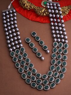 Indian Jewelry Sets, Bridal Jewelry Sets, Beaded Jewelry, Beaded Necklace, Jewellery, Sabyasachi, Lehenga, Green Necklace, Turquoise Earrings
