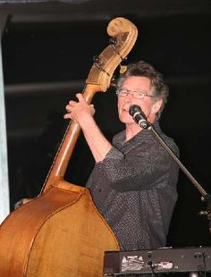 Rod Coe (formerly Slim Dusty Band) played bass on Keri McInerney's debut album FOOL'S GAME